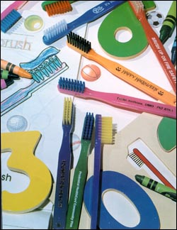 Picture of Children's Hot Colored Toothbrush, Promotional Logo Children's Hot Colored Toothbrushes